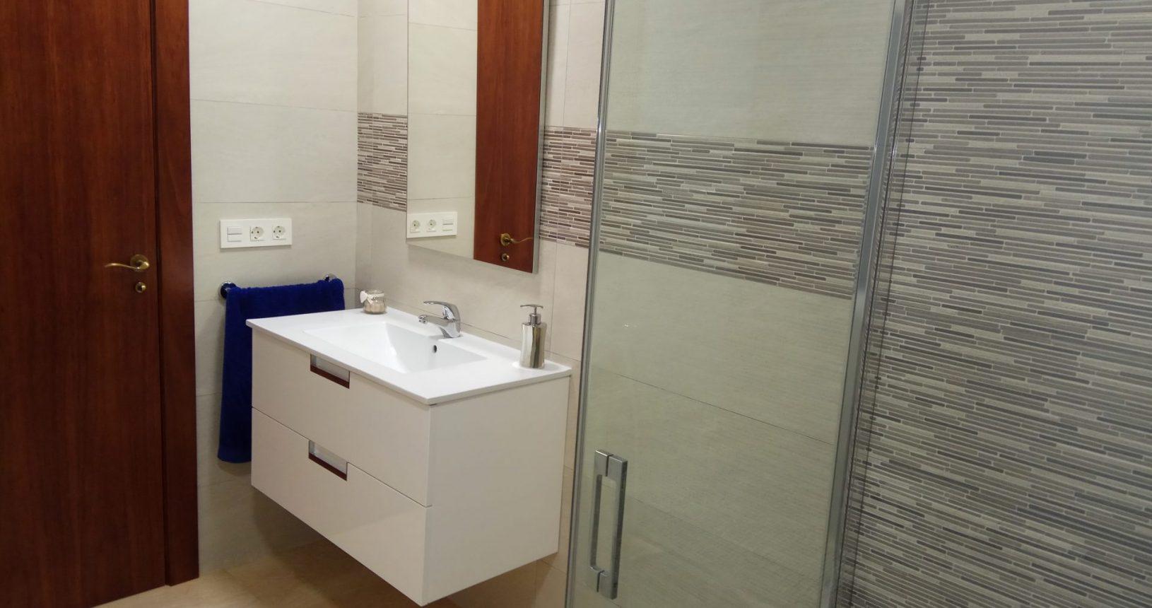 Mueblels de Baño en Lorca Carpintería SICA